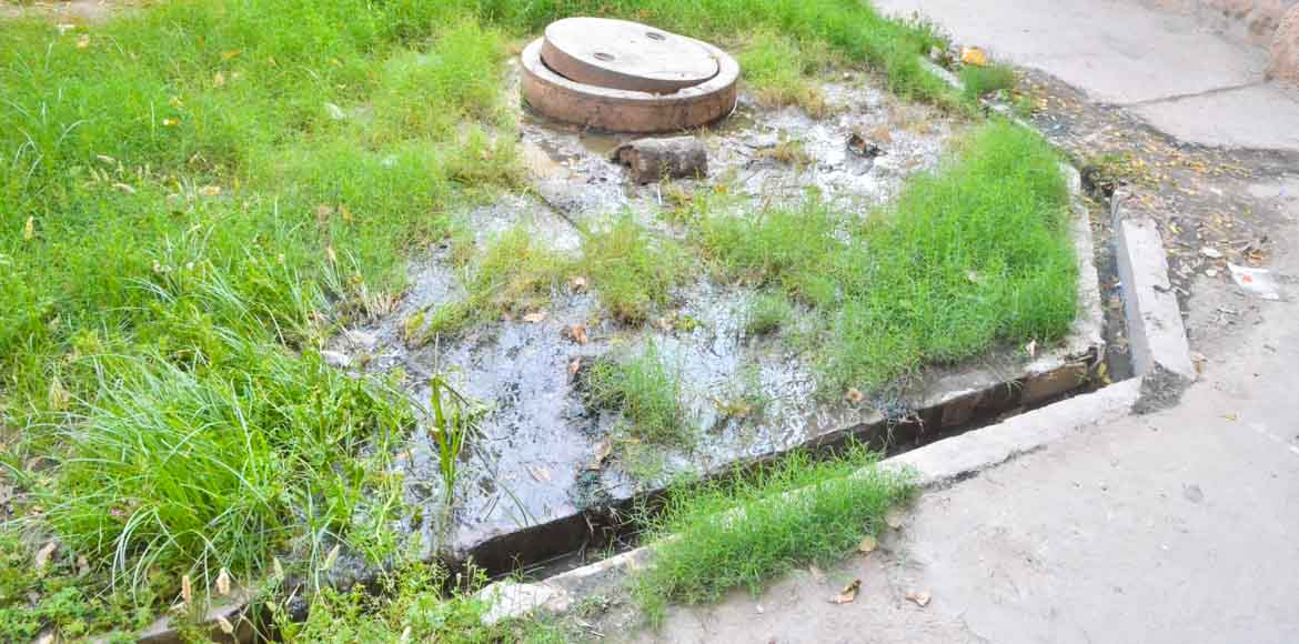 Residents raise a stink about sewage