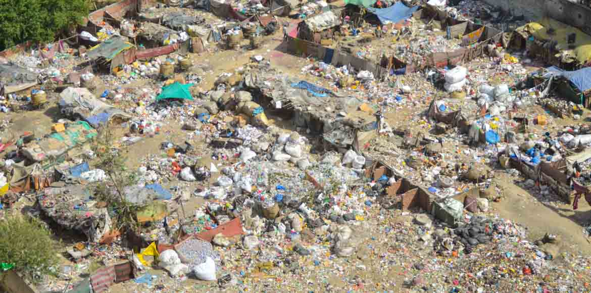 Indirapuram: Garbage trouble for residents