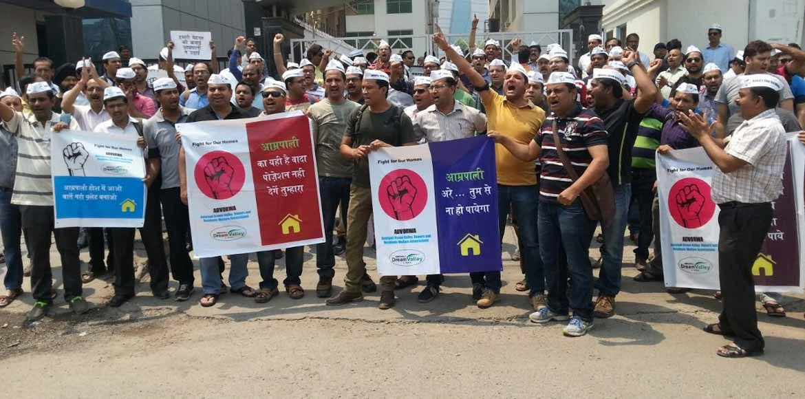 Disgruntled homebuyers of Amrapali threaten suicid