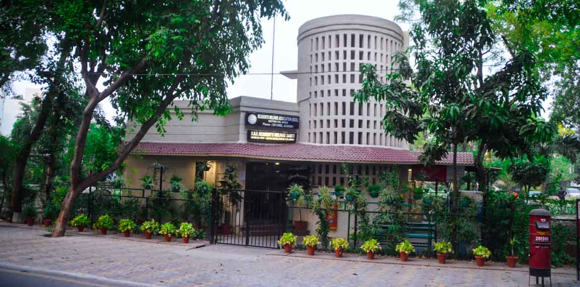 Sec 15A, Noida, elects RWA in a low-key polling
