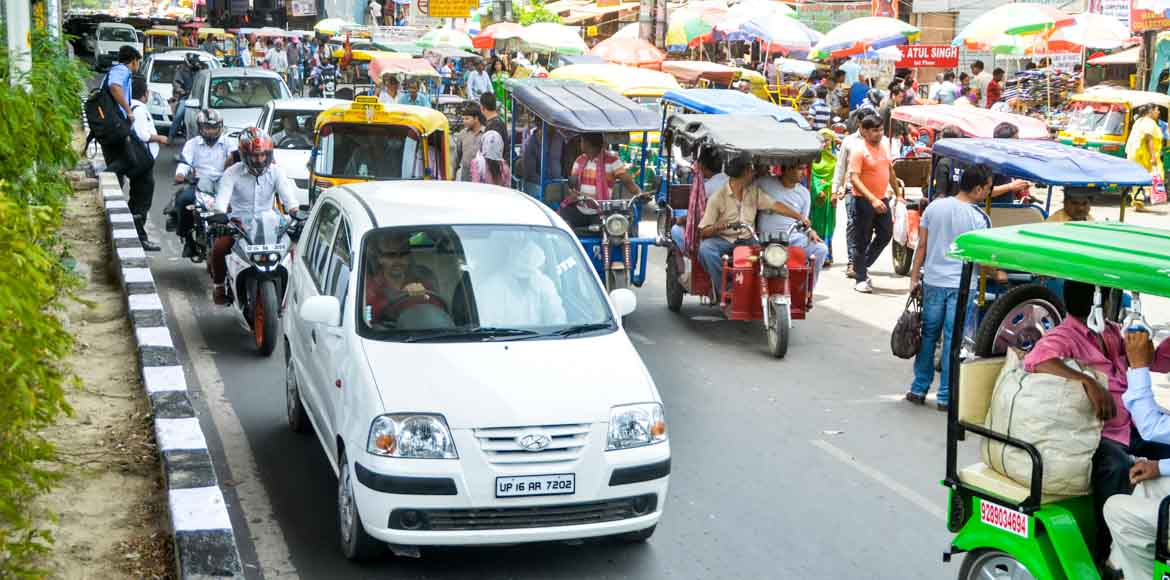 Are e-rickshaws a nuisance on the road?