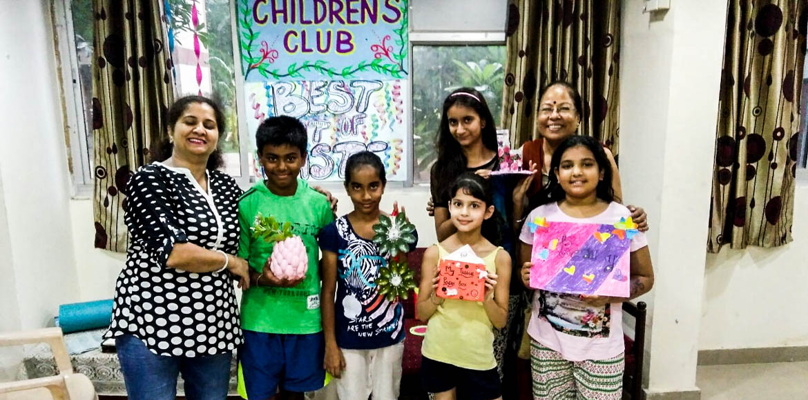 Ganpati Apts: Kids get the best out of waste