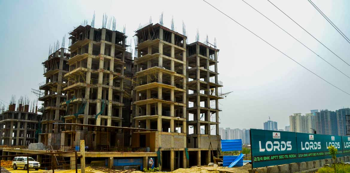Anticipating delay, flat buyers want their money back