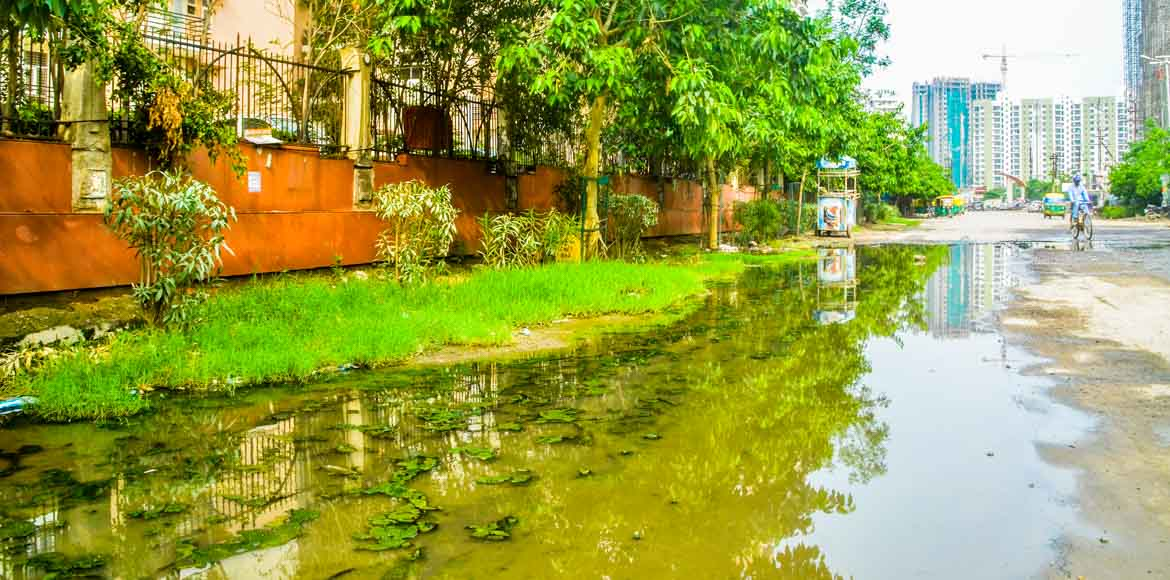 Sec 119, Noida: The case of the overflowing drain