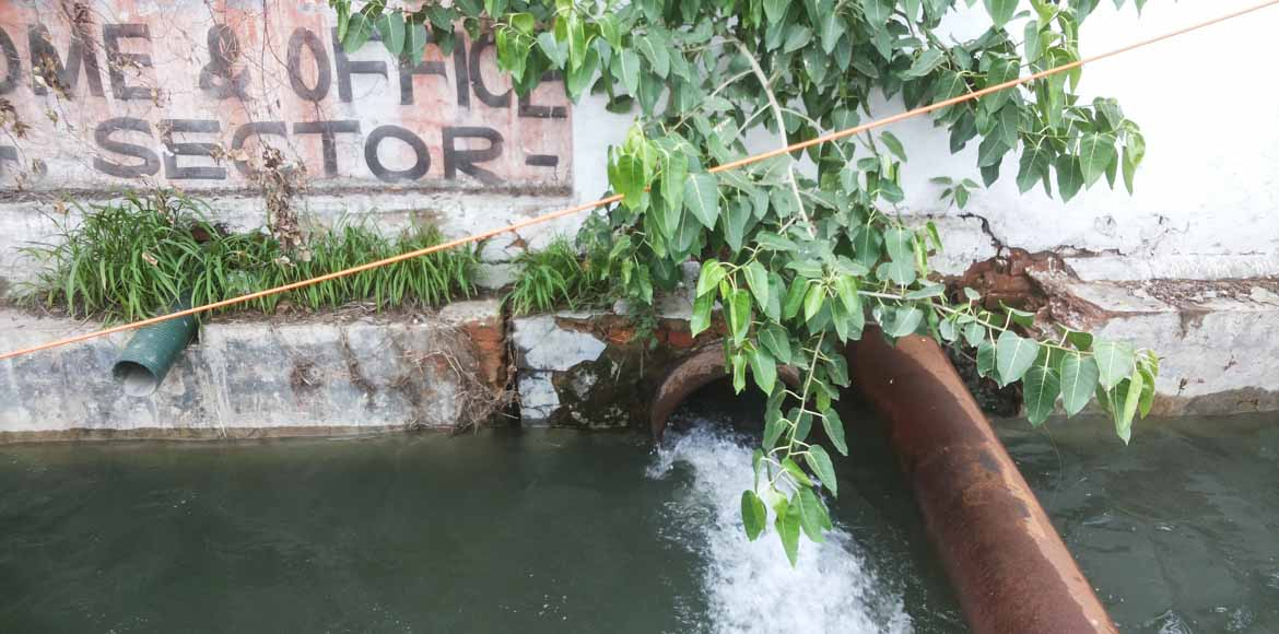 Ganga jal flows down the drain in Sector 62, Noida