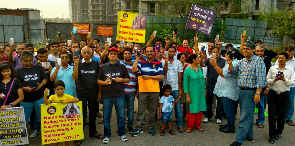 Homebuyers of Sector 107 protest against delayed j