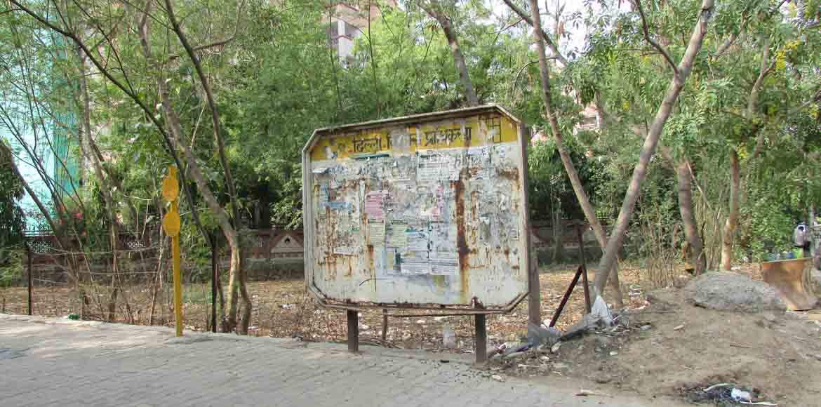 Why commuters often find themselves directionless in Dwarka