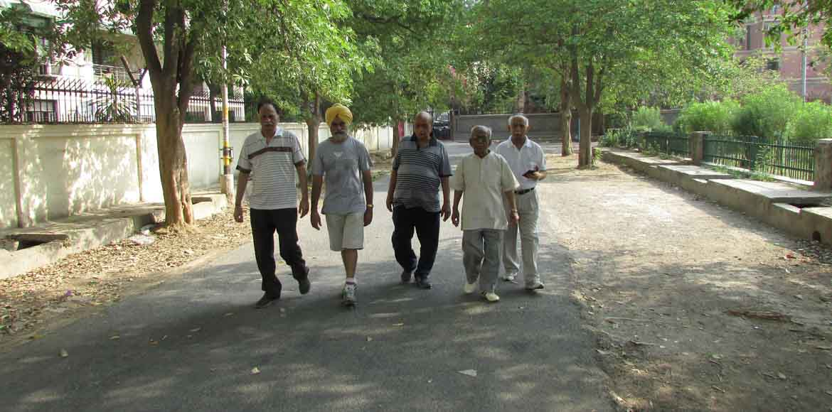 Dwarka: Morning walkers club for cleaner, greener neighbourhoods