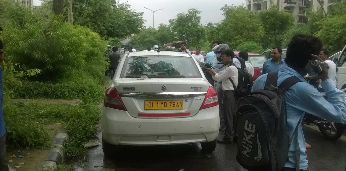 Driver's body found inside cab in Sector 9, Dwarka