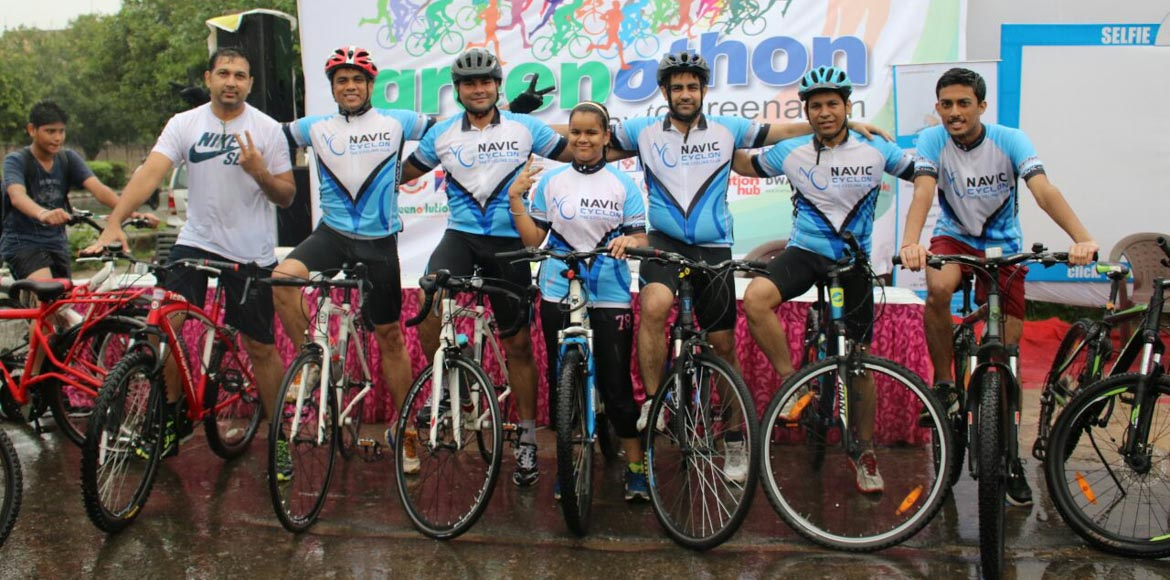 Dwarka celebrates Independence on a cycle