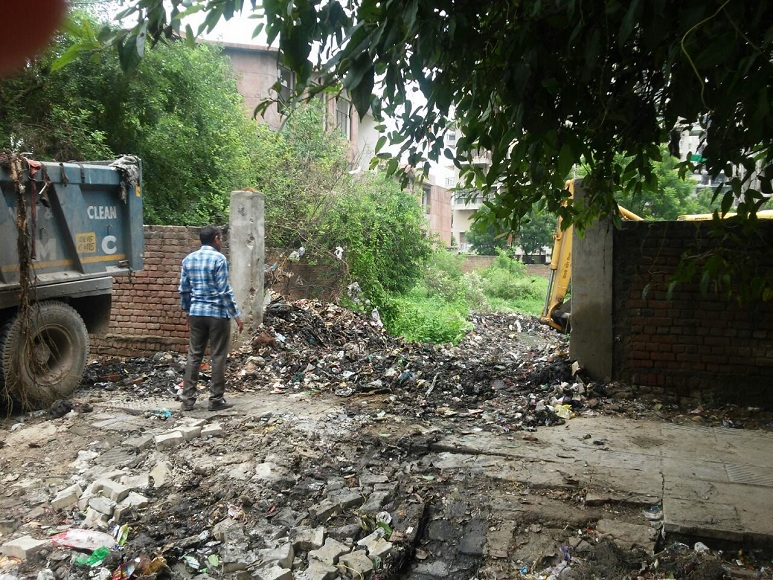Sector 23, Dwarka: SDMC returns bins after project