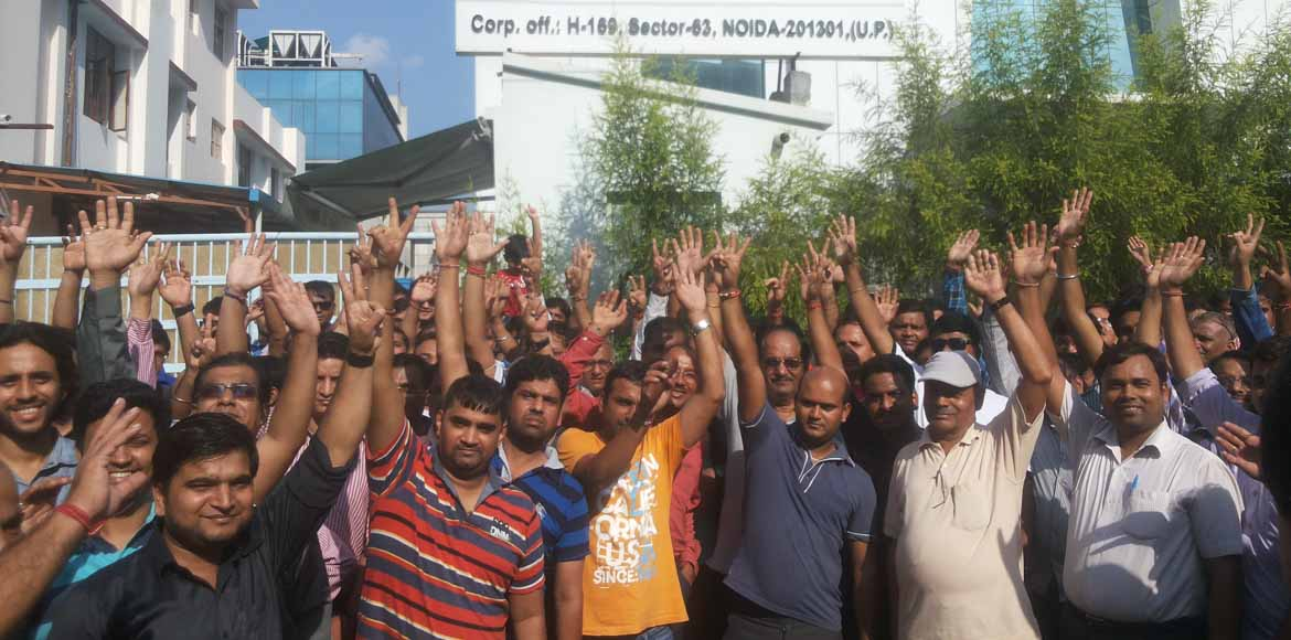 Panchsheel Green protests against power connection