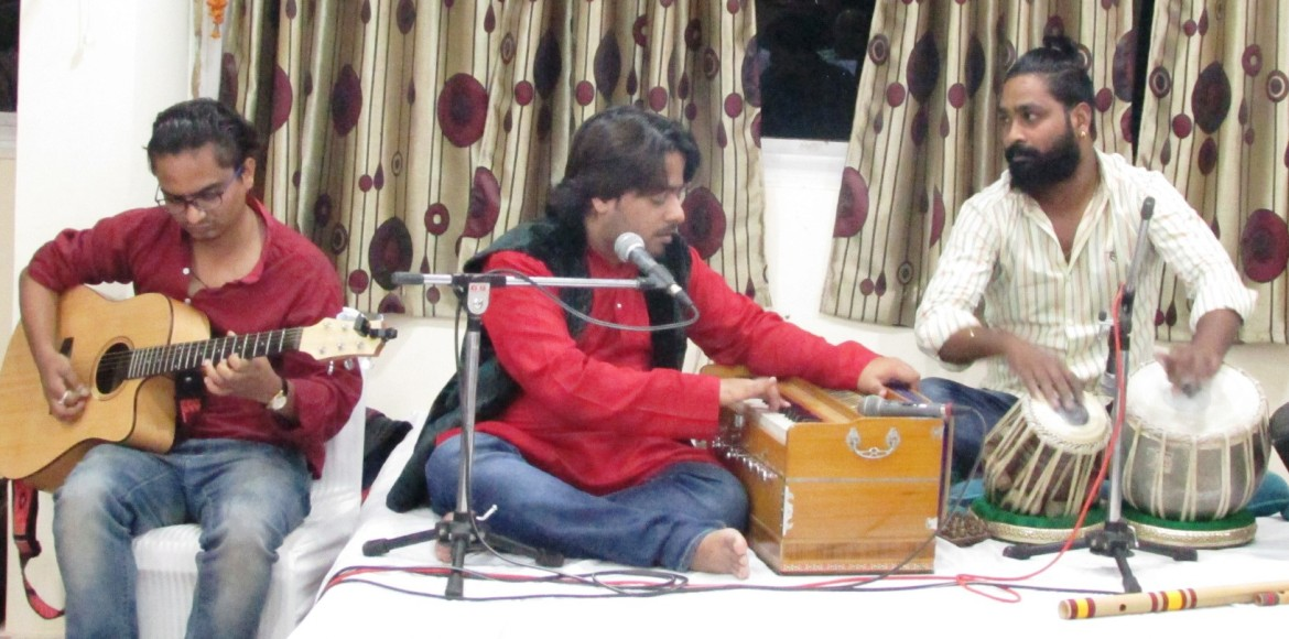 Dwarka's Ganpati Apts hosts musical night to usher