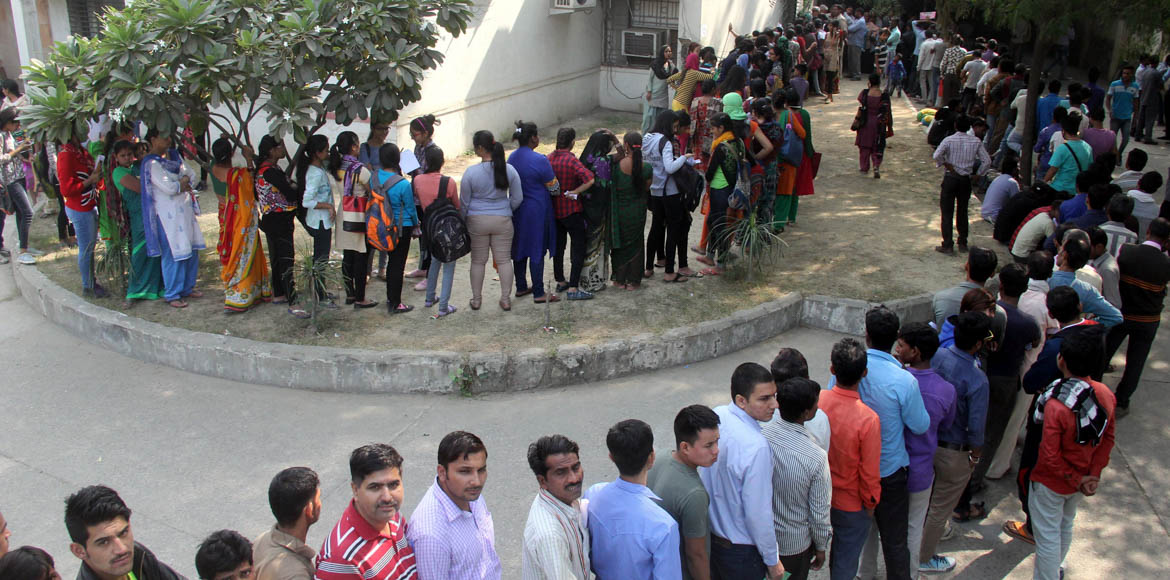 No relief from long queues on day 3 of cash clean-