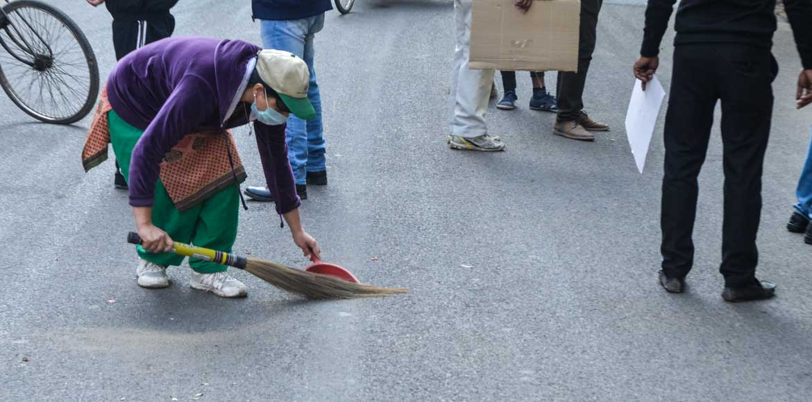 Indirapuram residents carry out large-scale cleanl