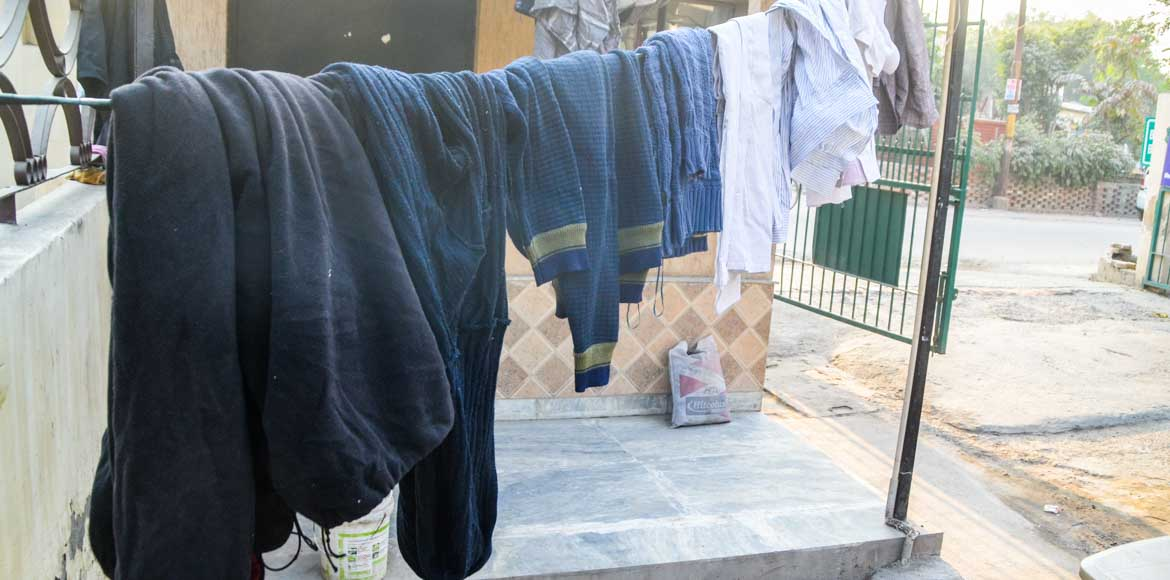 Sector 31, Noida, donates woollens to the needy