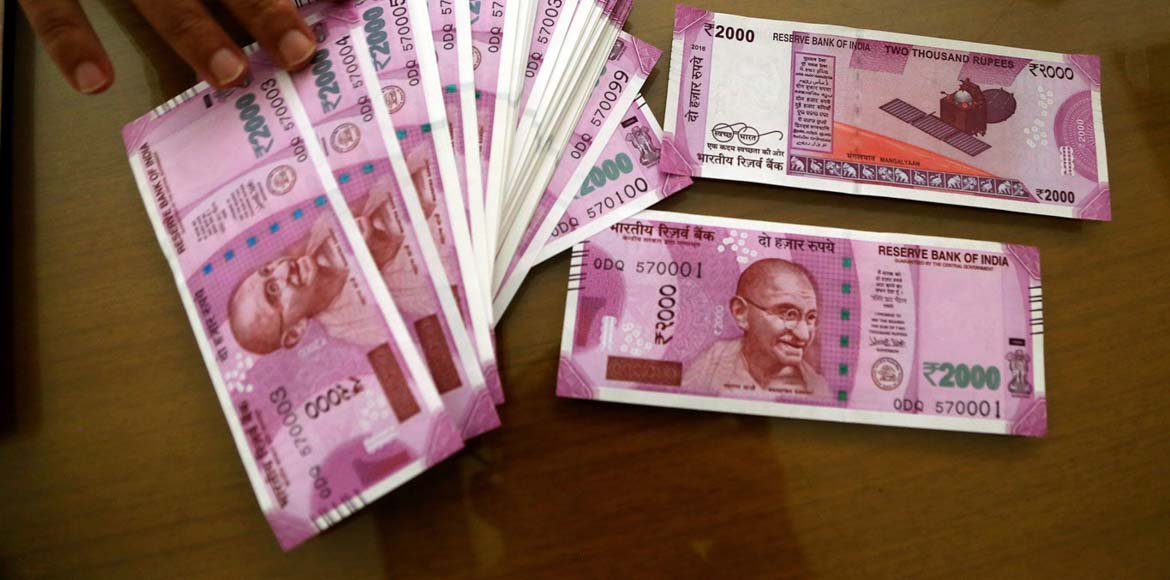 Hard Cash Day 36: Man robbed of Rs 20 lakh in new notes in Noida