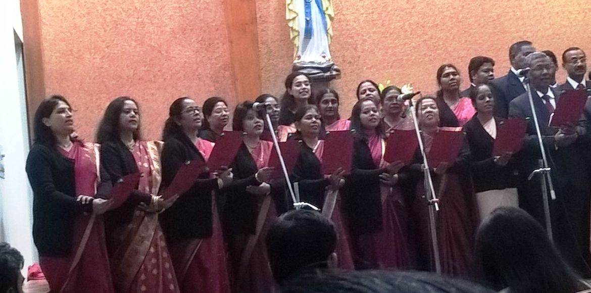 Dwarka ushers in Christmas with carols and more