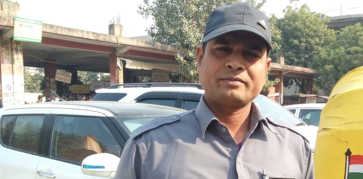 This Noida auto driver does something extraordinar