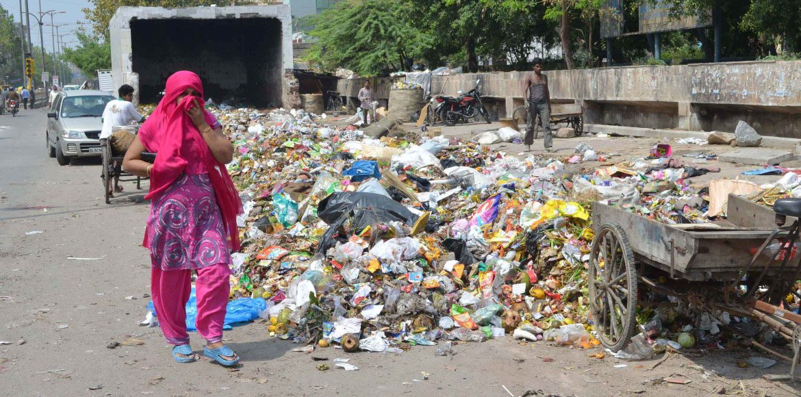 Garbage crisis in East Delhi spirals out of control