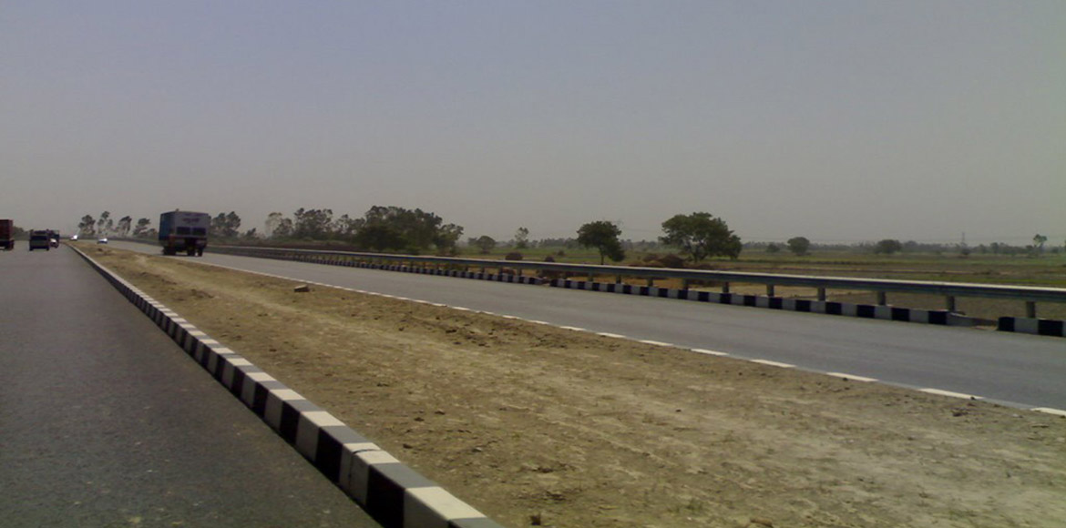 Ghaziabad: When will NH 24 feel like a national highway?