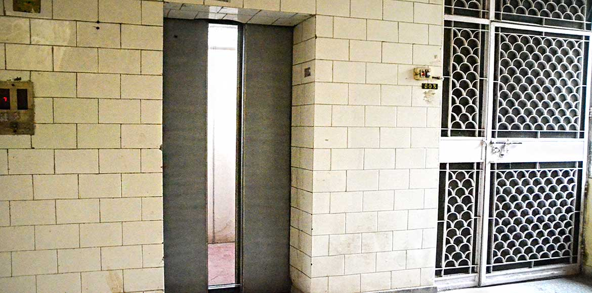 MV I Ext: East End Apts to replace all 58 outdated lifts