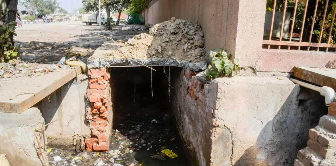 Can Vasundhara Enclave residents stop the impending sewage-water disaster?