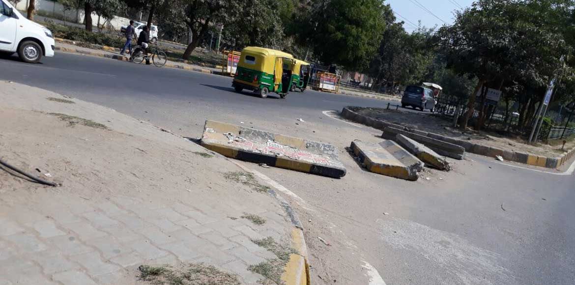 MCG, traffic police join hands to repair roads