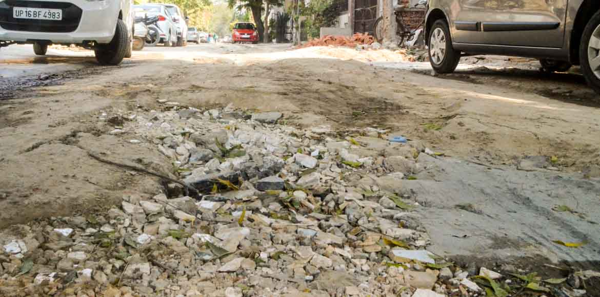 Noida, Sector 26: Can the Authority please repair