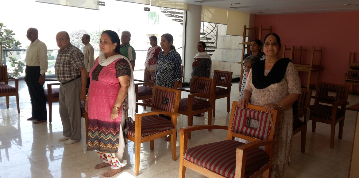 Uniworld Gardens I, Gurgaon: How are the silvers keeping fit?