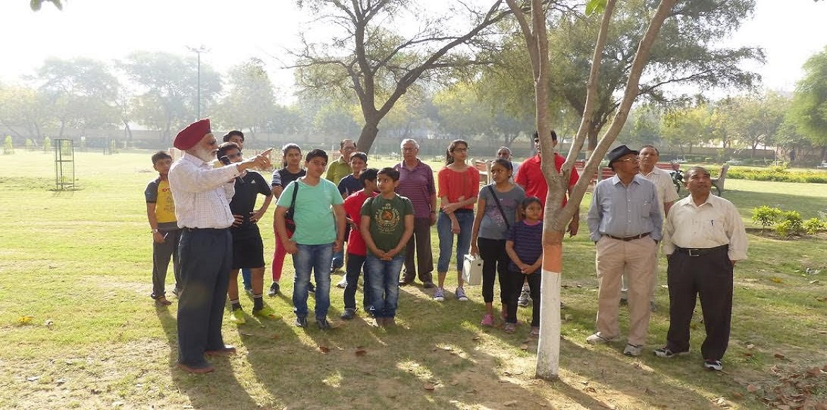 SDKS initiates 'knowledge walk' for Dwarka kids