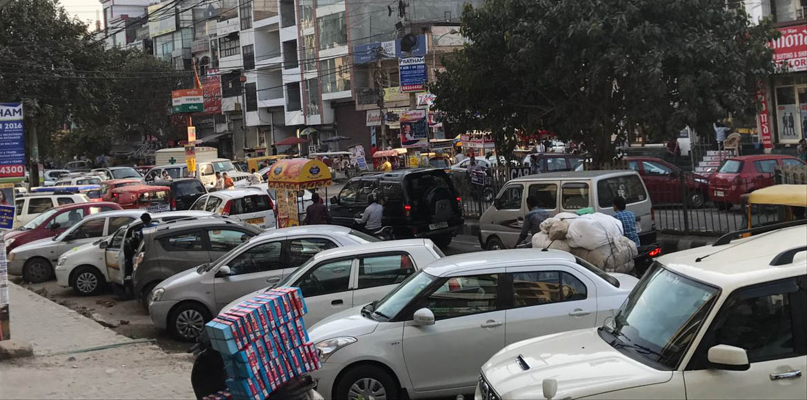 Sec 7, Dwarka: When traffic chokes Ramphal Chowk…