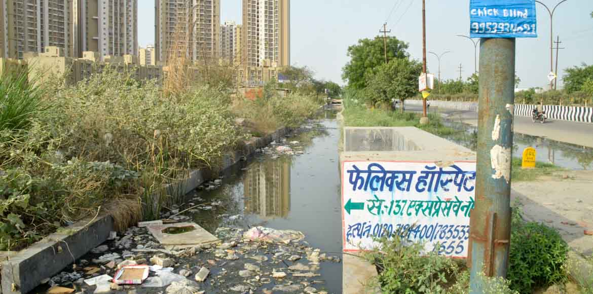 Noida: Residents call attention to clogged drains