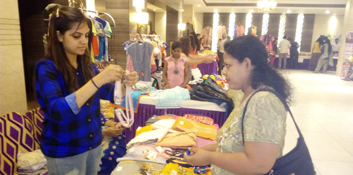Homes 121 organises shopping festival!