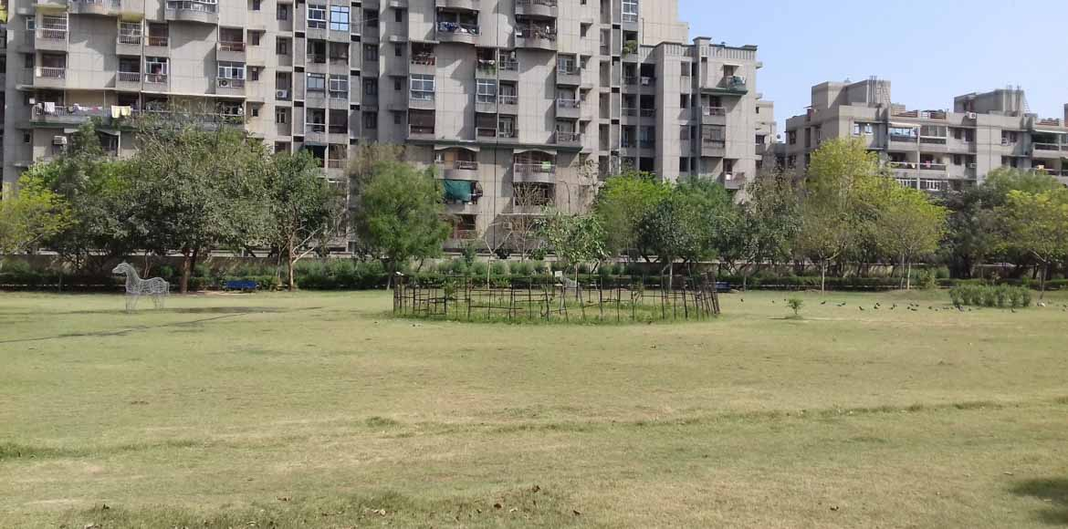Sec 22, Dwarka: Residents call attention to park behind Dream Apts