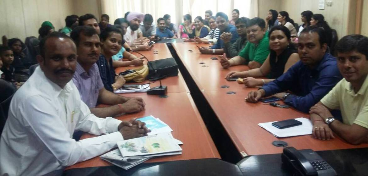 Khaitan Public School authorities and parents finally meet