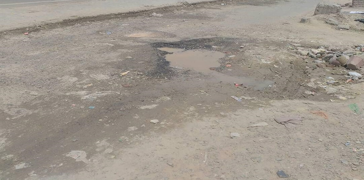 Potholes are not the only problem on this Gurgaon