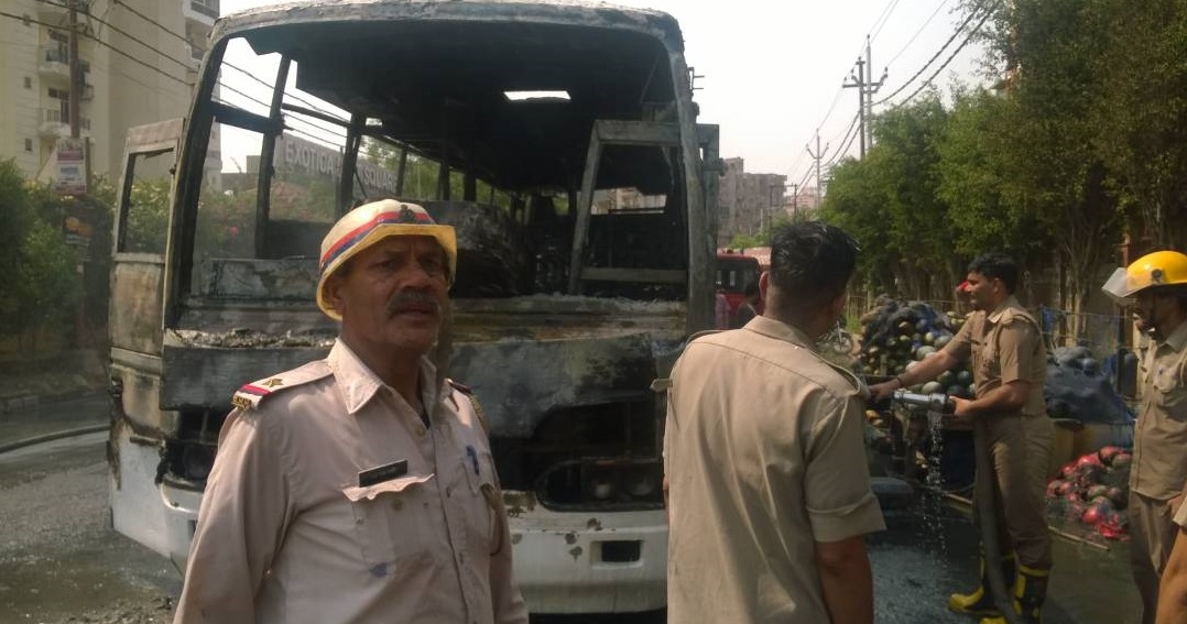 Father Agnel bus catches fire; students manage to