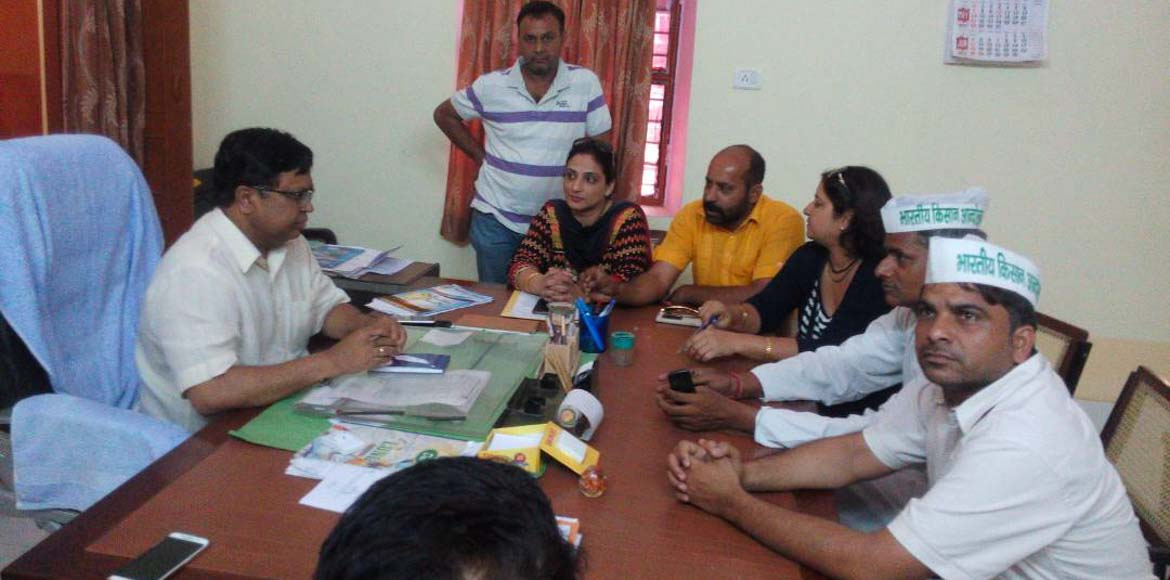 Ghaziabad parents continue offensive on private schools