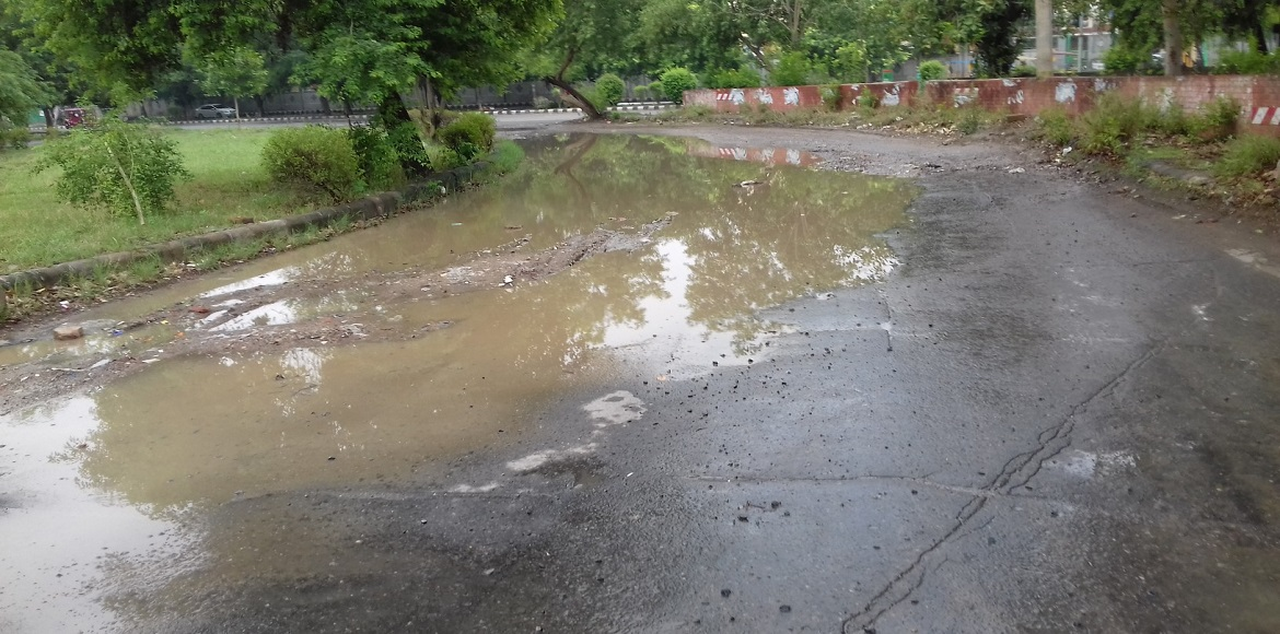 Yes, it rained. And Dwarka's roads are proof
