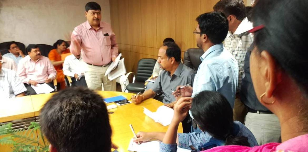 Amrapali Dream Valley buyers lash out against Greater Noida Authority
