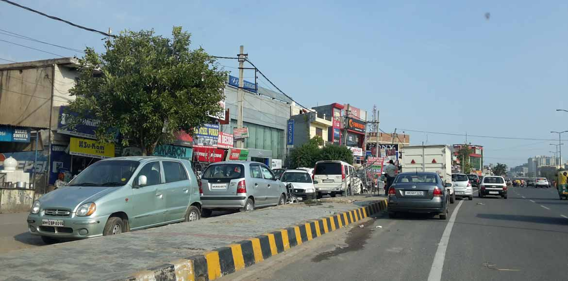 Gurgaon: Residents hassled over encroachments on service lanes
