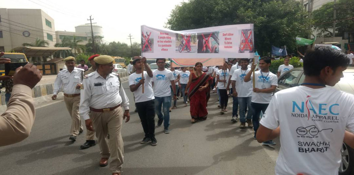 Noida rally educates commuters about traffic rules