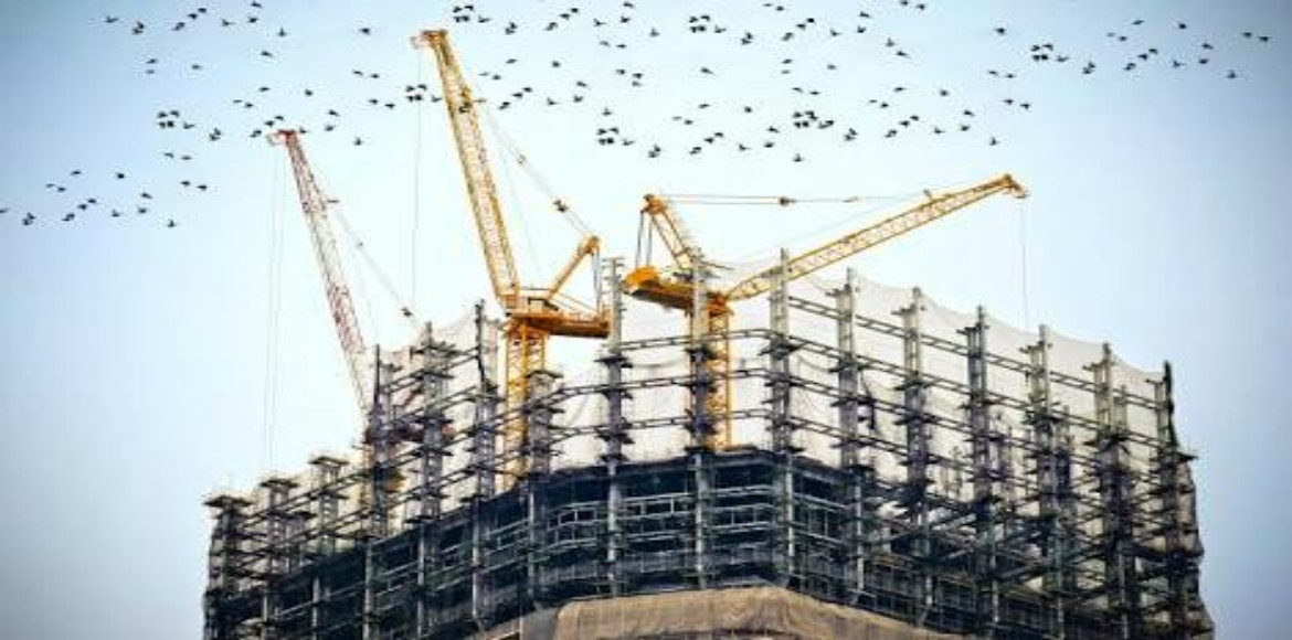 Noida Authority chairman to get tough on unscrupulous builders