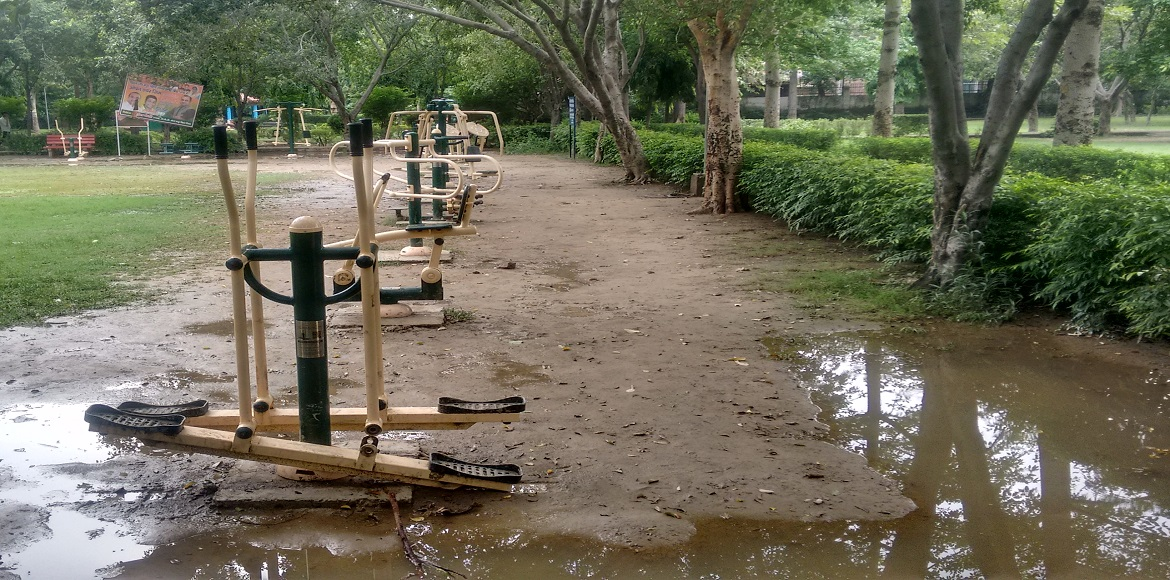 Do you think you can use these open gyms in the monsoons?
