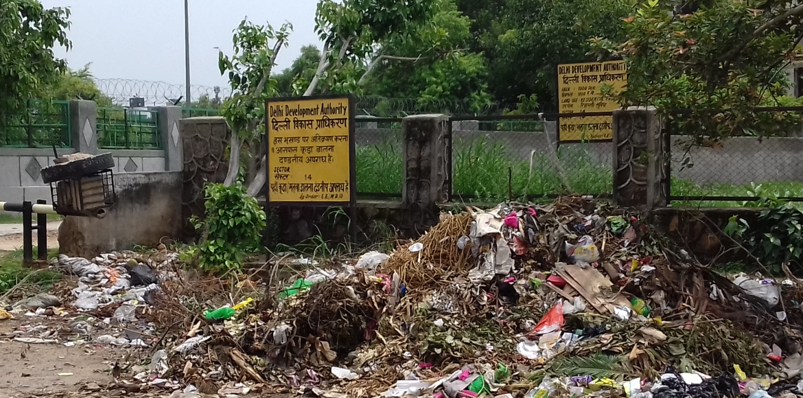 Garbage, rains and stink... could it get any worse for Dwarka!