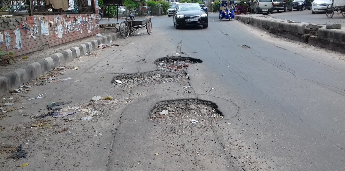 DDA: Road repairs to start in Dwarka by September