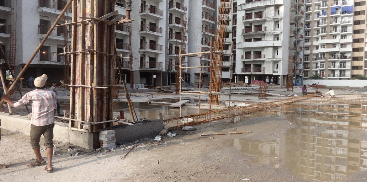 Antriksh Golf Avenue residents force builder to no