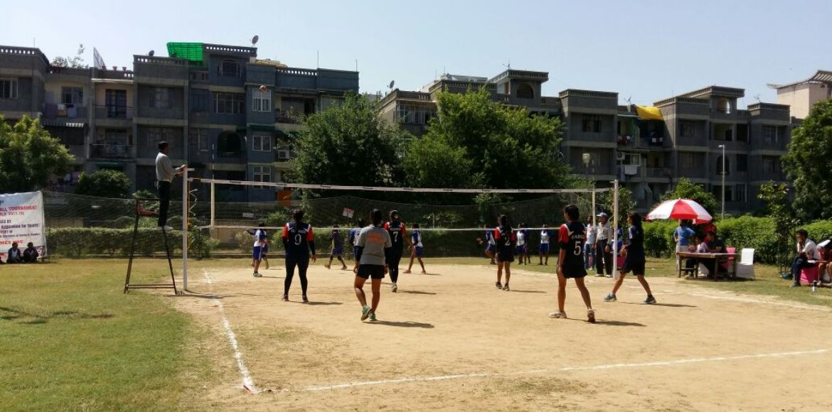Dwarka: Girls' volleyball event stirs up community support