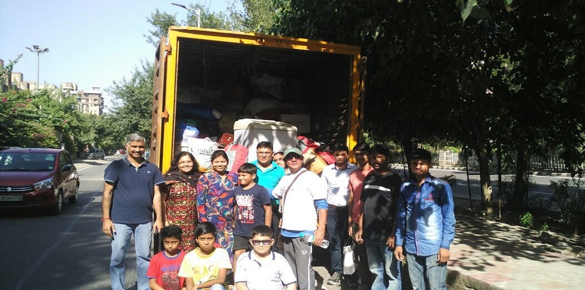 Dwarka residents poured out to support Goonj collection camp